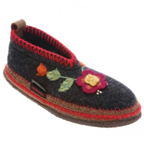 Giesswein Spital Flower Charcoal (Women's)