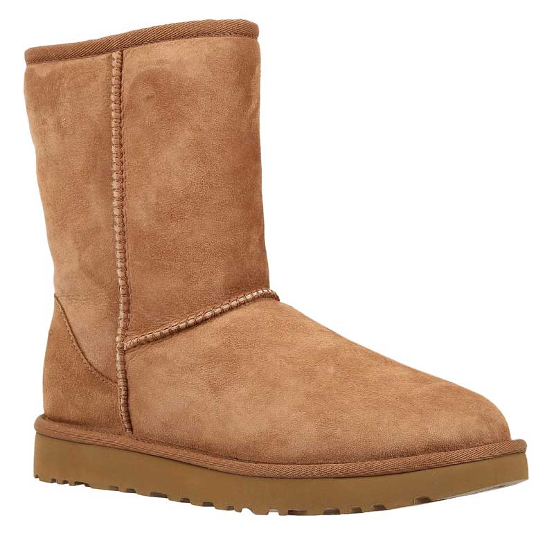 UGG CLASSIC SHORT II - Classic ankle boots - chestnut