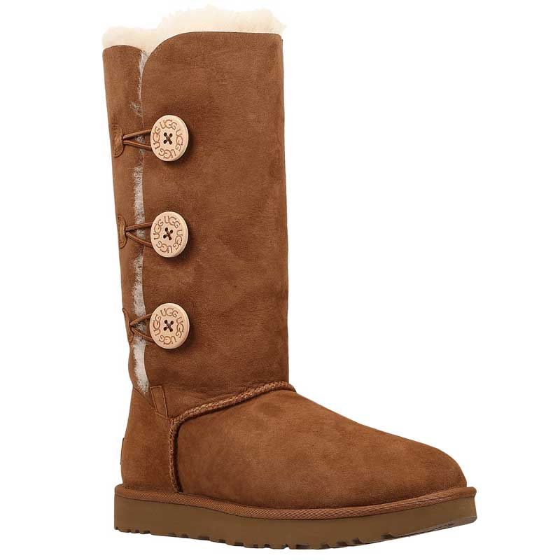 967da09c05a05 UGG Australia. UGG Bailey Button Triplet II Chestnut 1016227-CHE (Women s).  Loading zoom